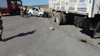 Pazarcık'da Otomobille kamyon çarpıştı: 1ölü