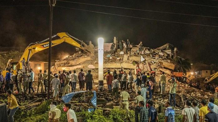 Hindistan'da çöken binada bilanço ağırlaşıyor