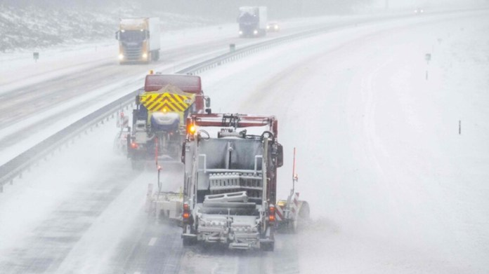 Hollanda'da kar fırtınası