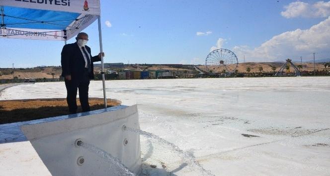 Avrupa'nın en büyük havuzu su tutmaya başladı