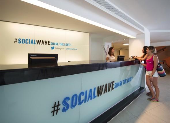 socialwave-590x427