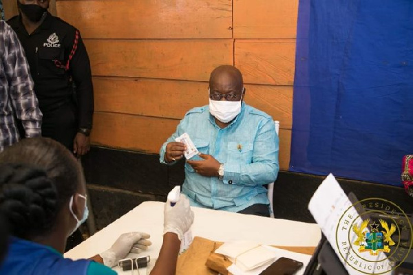 'Give me second chance' – Akufo-Addo, Asantehene secure voter's ID cards