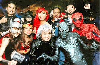Mandatory Heroes group shot at the photo booth. What happened to Gwen's head gear?!