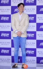 170418_yjh_man2manpresscon_3
