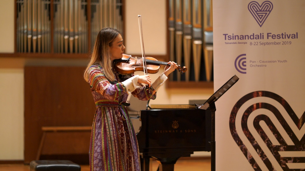 Almaty auditions for chance to shine at Tsinandali Festival