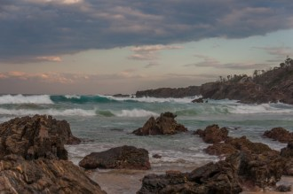 Rocks and big waves at the end of Billy's Beach