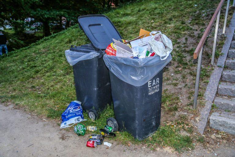 Affaldsplast fra åløb skal genanvendes