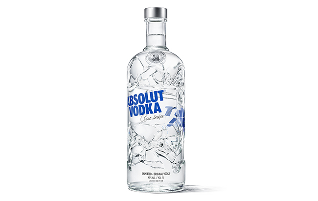 [www.thespiritsbusiness.com][610]Absolut-REcycled-bottle