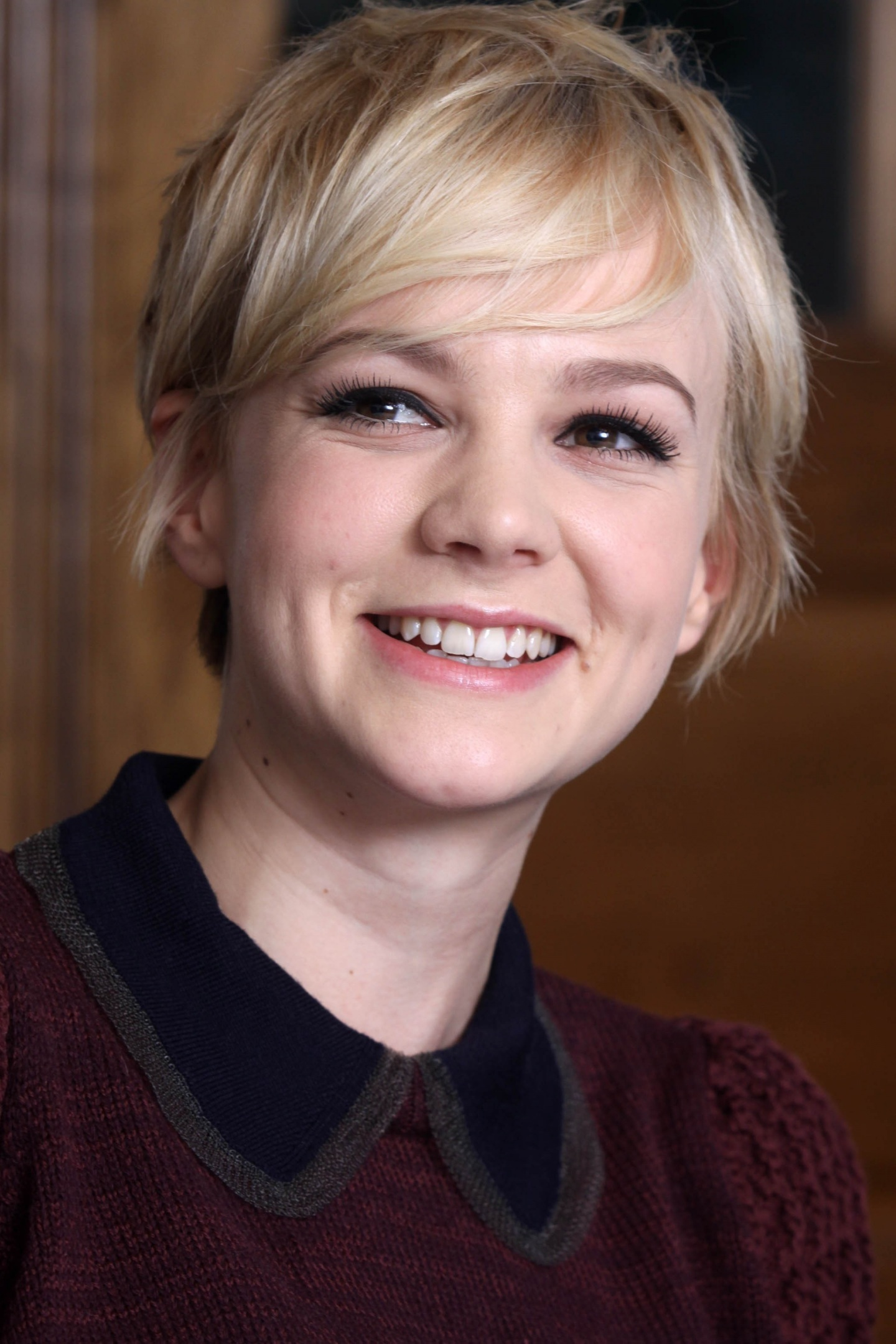 Short Hairstyle Girls Wallpapers Carey Mulligan Wallpapers High Quality Download Free