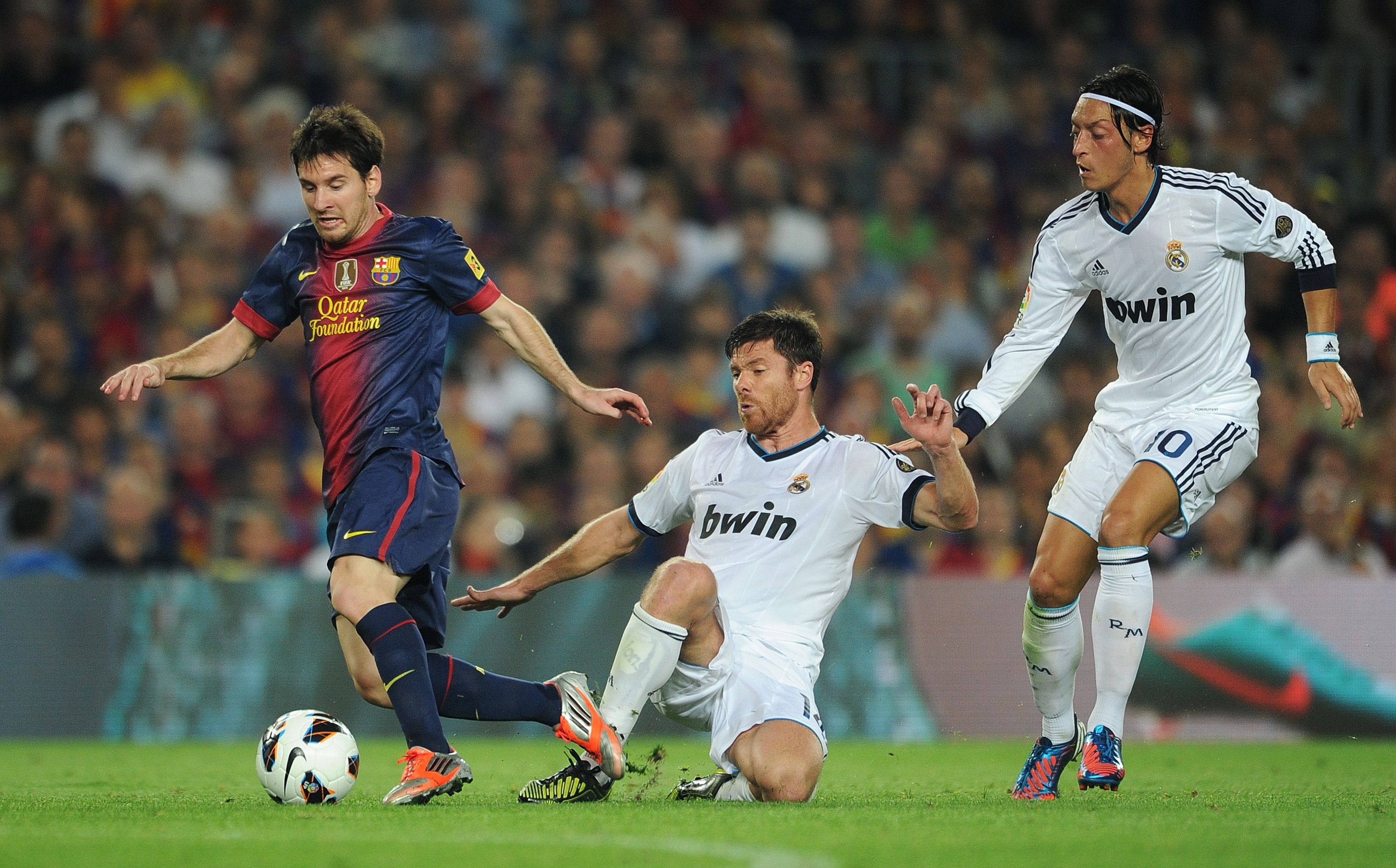 Cr7 Hd Wallpapers 1080p Lionel Messi Wallpapers High Quality Download Free