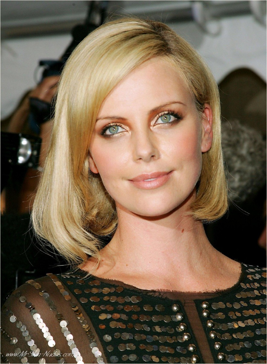 Charlize Theron Wallpaper Iphone Charlize Theron 800275 Wallpapers High Quality Download