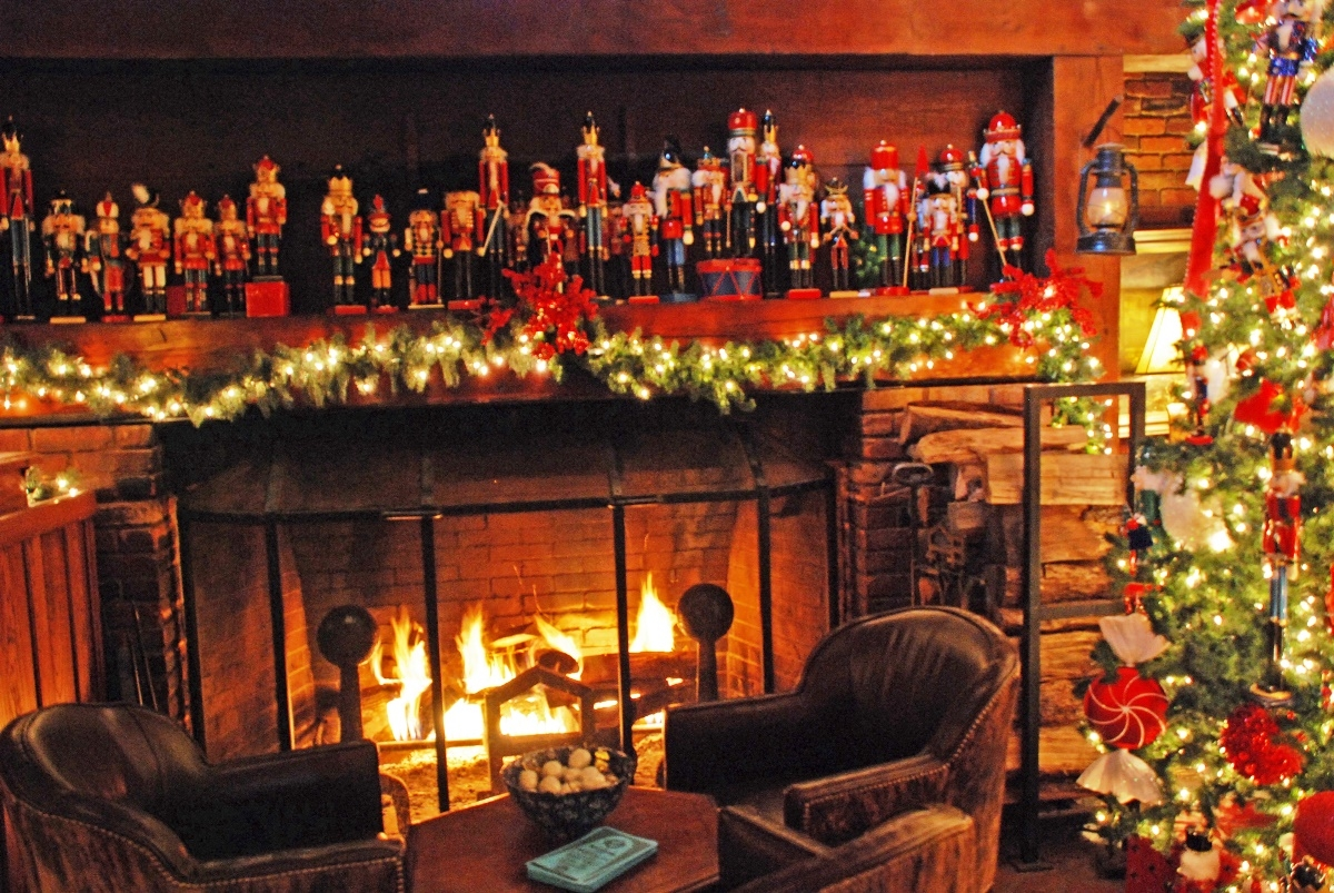 Ideas For Decorating A Fireplace Mantel Christmas Fireplace Wallpapers High Quality | Download Free