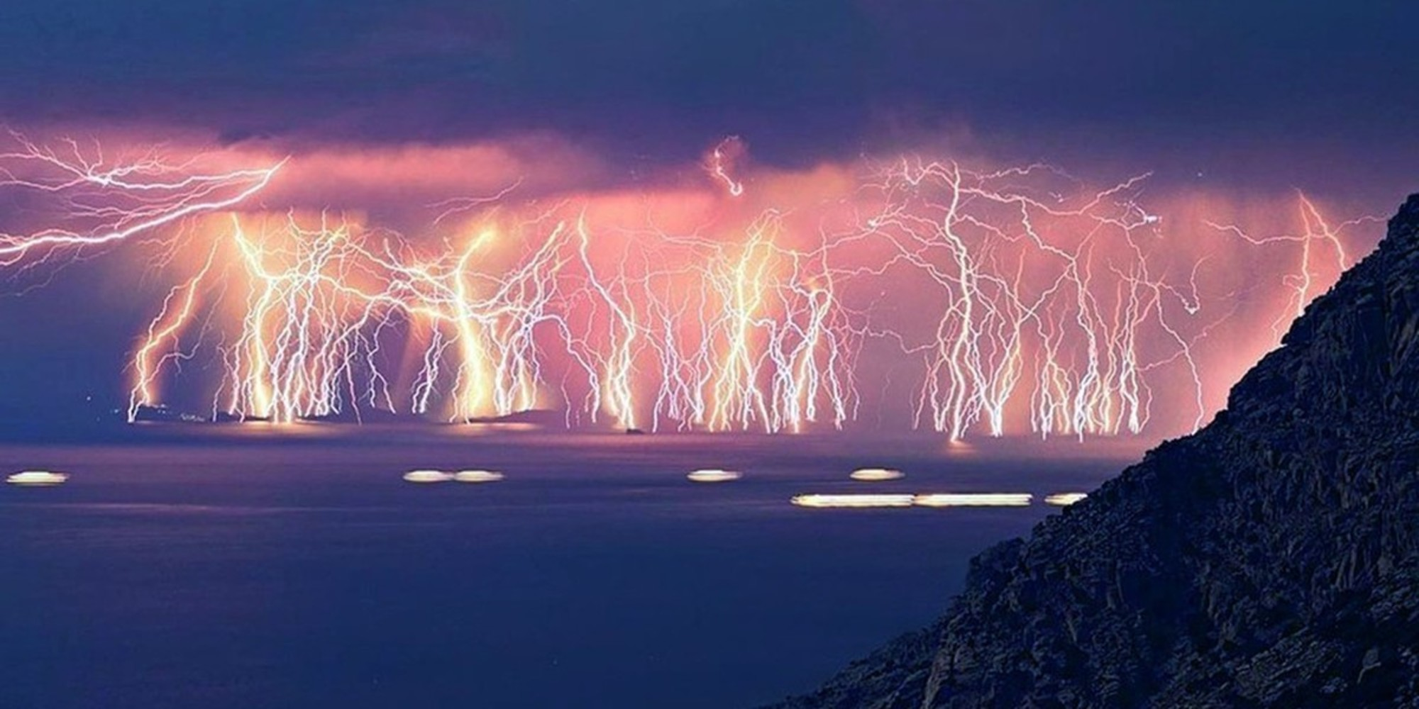 Canada Wallpaper Hd Iphone Lightning Catatumbo Wallpapers High Quality Download Free