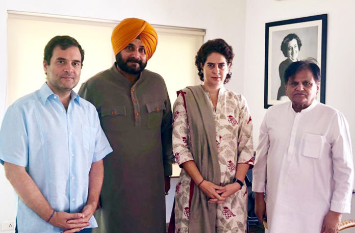 At loggerheads with Amarinder, Sidhu calls on Rahul