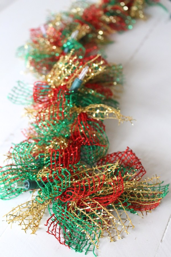 Ribbon Christmas Garland with Lights