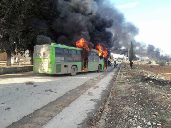 Another batch of buses heading towards Shiite towns attacked by jihadists in Idlib