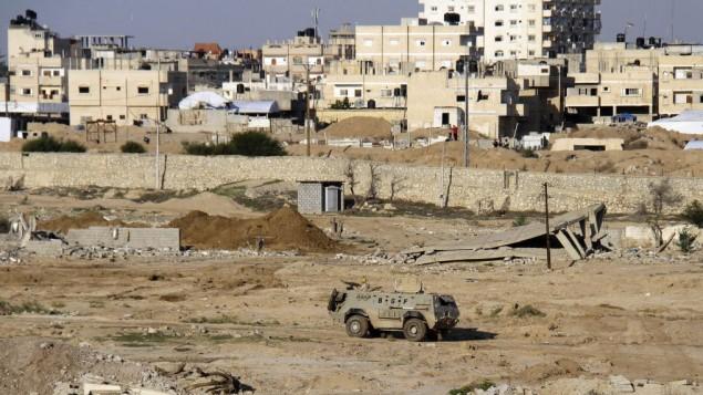 Suicide bomber kills 4 Bedouin in Egypt's Sinai