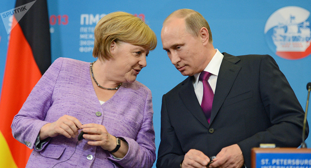 Merkel's Visit to Russia: German Chancellor Braces For a 'Recon Mission'