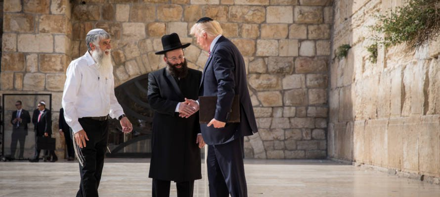 250 Israeli Rabbis to Trump: 'You are Fulfilling Biblical Prophecies'