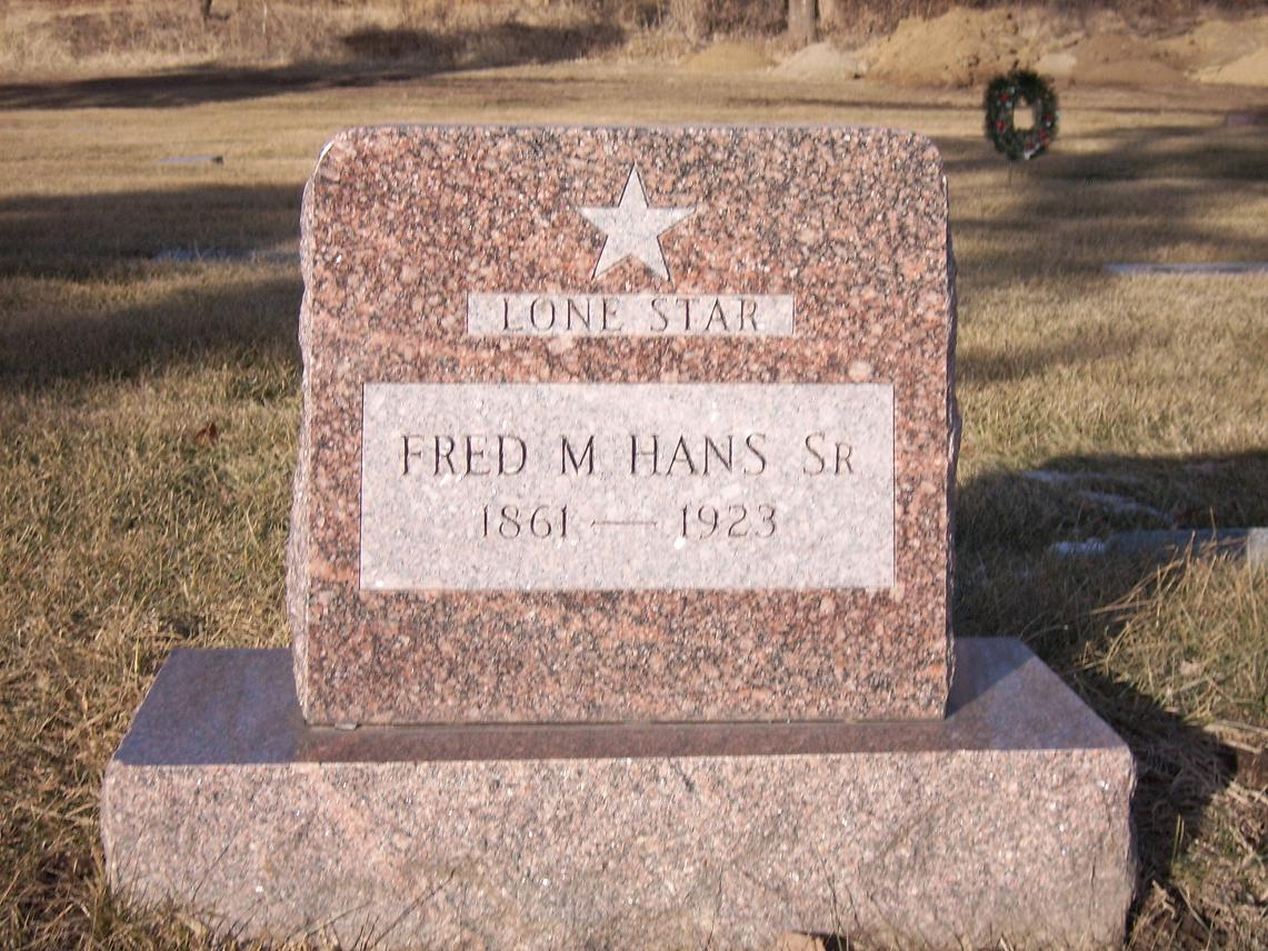 hans gravestone