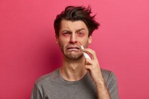 Pourquoi est-ce que j'ai mon nez qui coule tout le temps ?