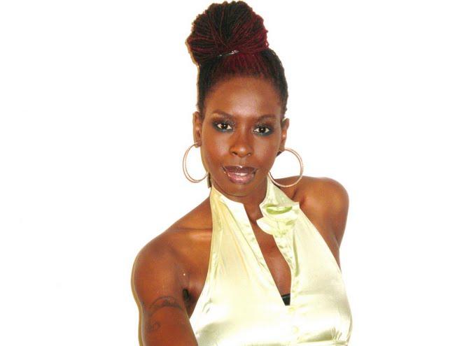 BLACK SKINNED BEAUTY SALKIS RE at her blog-sisterlockswithstyle.blogspot.com