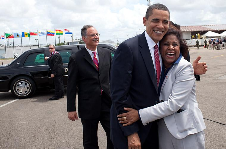 TRINIDAD AND TOBAGO FOREIGN MINISTER PAULA GOPEE-SCOON BIDS OBAMA FAREWELL AS HE LEAVES