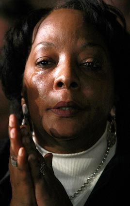 LET THOSE TEARS FLOW FOR ALL THE LYNCHINGS BLACK MEN HAVE SUFFERED IN amerikkka!