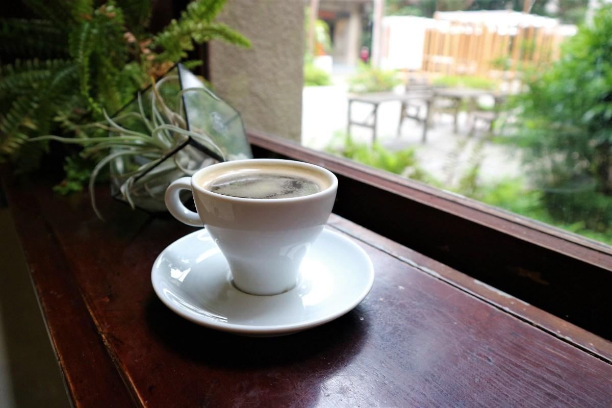 【台北遊記】松山文創園區內的微雨、樹林和黑咖啡 - Café Sole日出印象咖啡館
