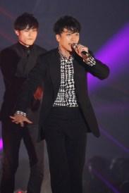 girls_award_seungri_t_006