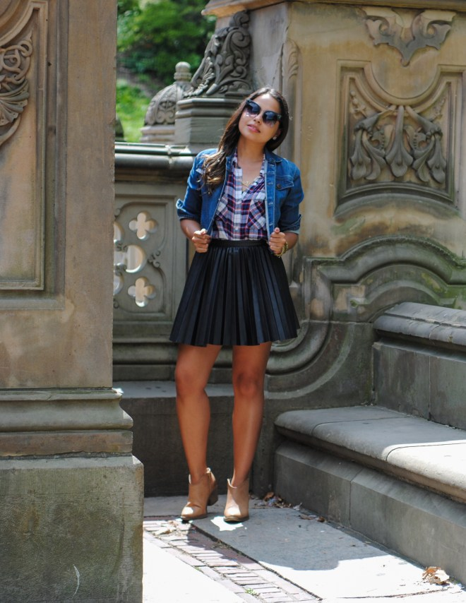 """Meet Lisa Rosado, one of our bloggers for """"The Next Level; Life + Fashion"""" issue!"""