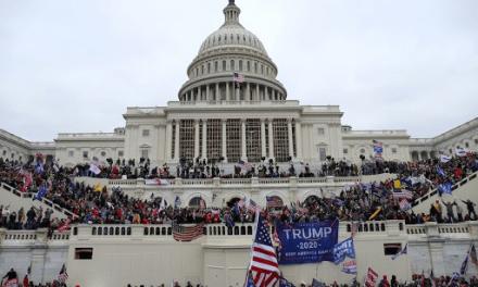 张杰:评示威者冲击国会山事件