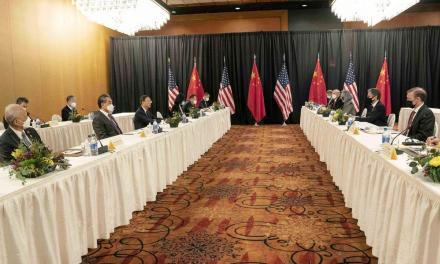 张杰:杨洁篪的外交发飙实则对内表演