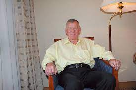 Robert Golomb:著名历史学家和作家罗斯-特里尔的非凡人生、动荡年代及知名故交