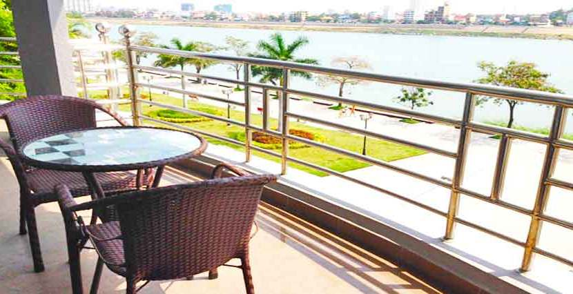 R-AP000013-Rent-Serviced-Apartment-balcony