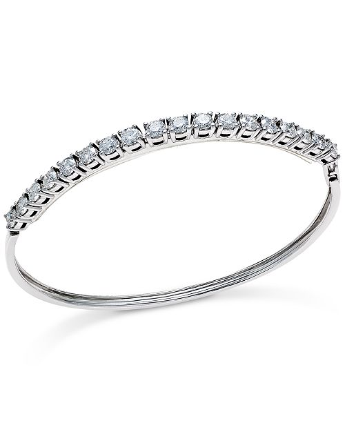 Bangle Diamond bracelet Image
