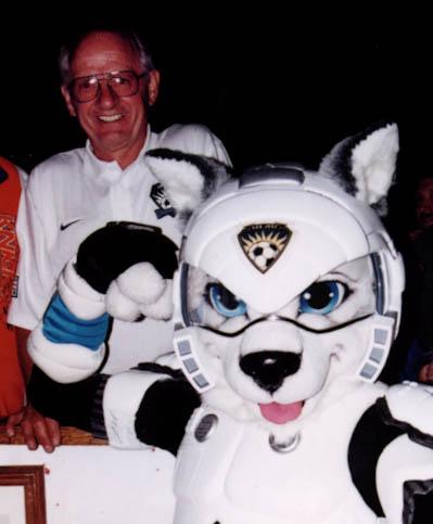 Rikter the Cyberdog San Jose Earthquakes mascot