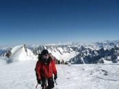 Айдар Ахмадиев на последних метрах к вершине