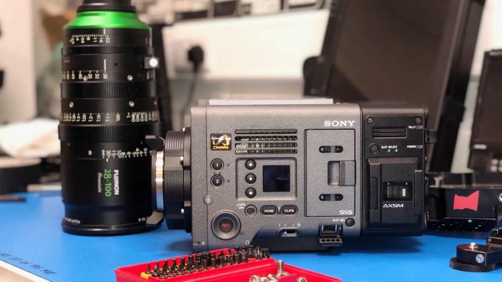 Lag HFS Showdown F1 Sony Venice Payload.  Bilde - Ariel DP Jeremy Propane, Ashok.  B.Sc, helikopterfilmtjenester