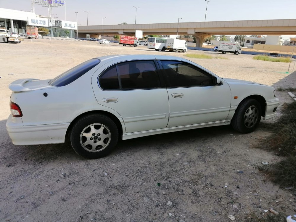 medium resolution of used nissan maxima 1999