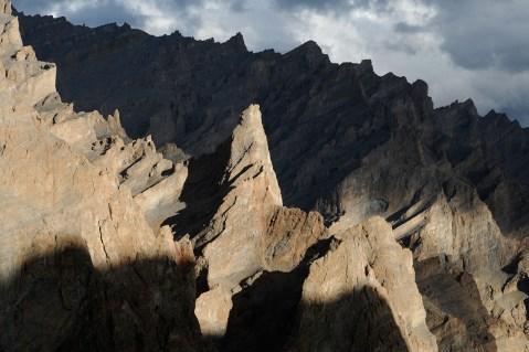 ザンスカールのセンゲ・ラ付近にある山峰