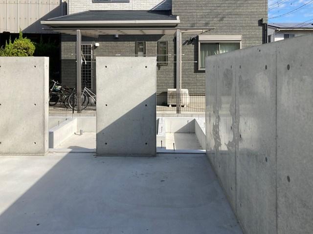 インパクトのある打ち放しコンクリート