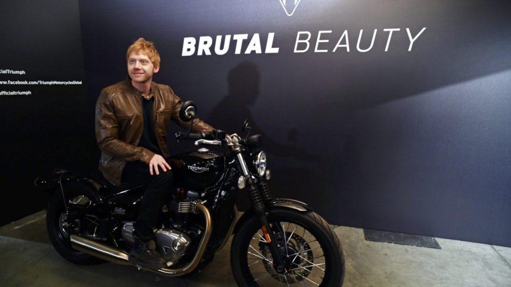 Triumph Bonneville Bobber Launched - video - a brutal beauty