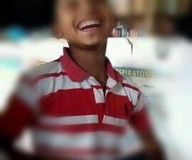 El niño sonriente