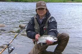 本波幸一(釣り士)の結婚や家族を調査!収入や釣具の購入法も気になる!