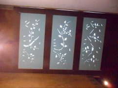 Paravents de la chambre à coucher, conservés au plafond