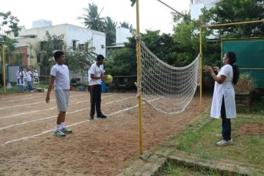 DEMO GAME- throwball
