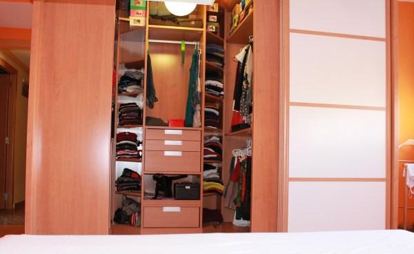 cajones vestidor armario gato