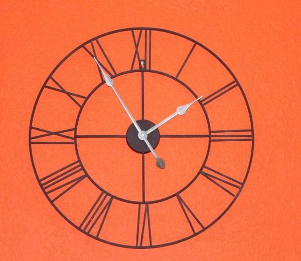 reloj grande comedor hierro forjado