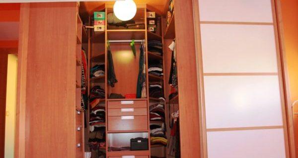 armario con luz